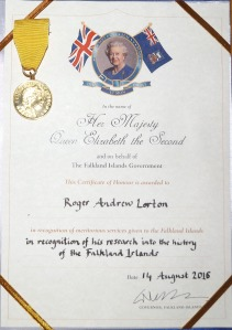 queens-cert-badge-of-honour